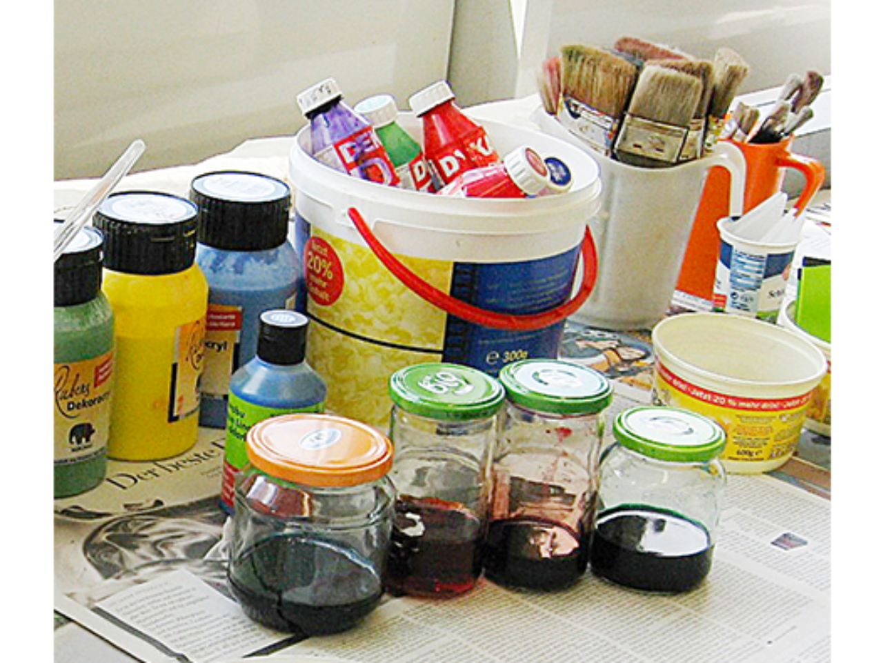 PAINTS FOR PASTE PAPERS